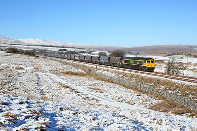 66742 heads south from Selside on 6M37 11:25 Arcow Quarry - Pendelton, 23/01/19
