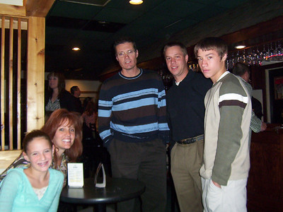 Bruce and Patti Brooke, Todd, Alex and Jessica waiting for supper at O'hana's  ( 2004 )