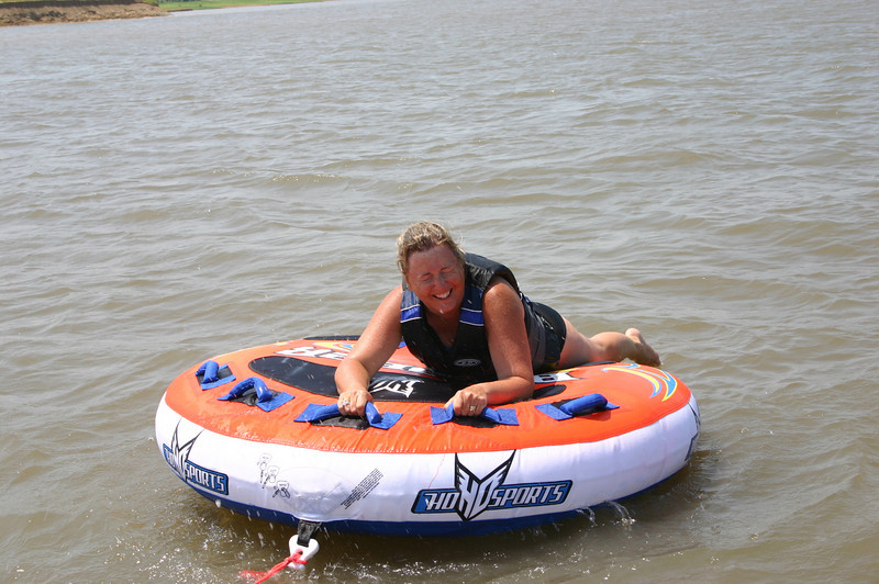 Mary on the inner tube  ( 2005 )