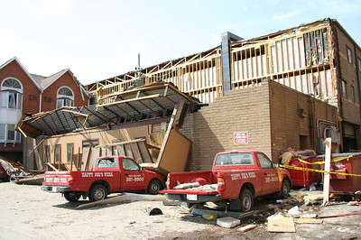 Wall ripped off from the storm  ( 2006 )
