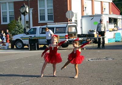 Stella dances in the streets of Wilton ( 2009 )