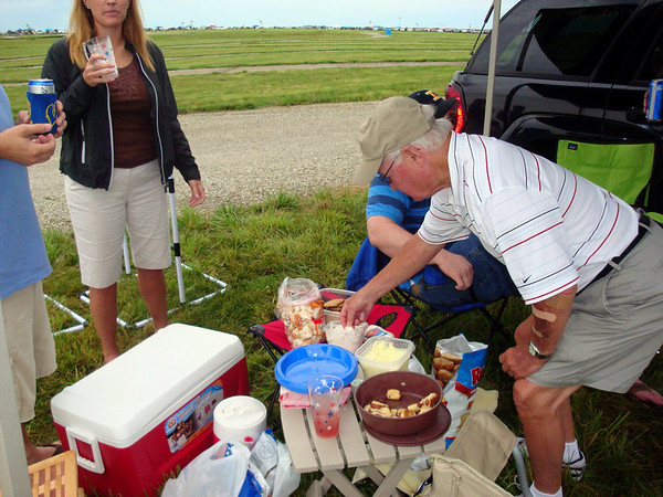 Patty and Tom tailgating before the race ( 2010 )
