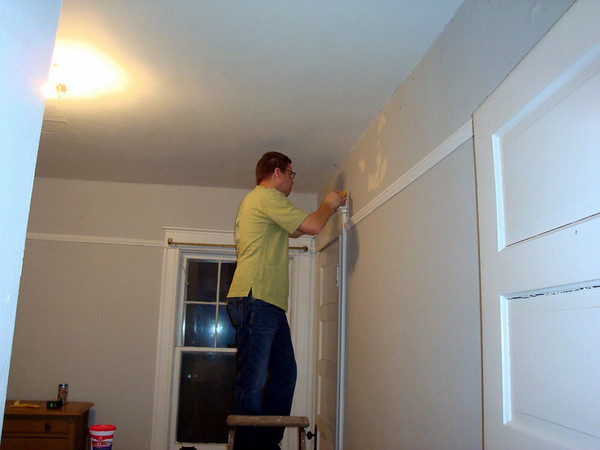 Todd prepares the walls for paint ( 2011 )