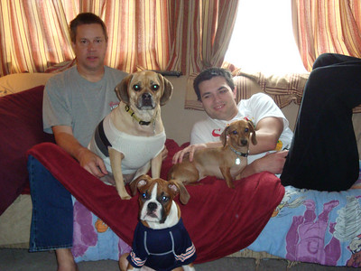 Todd, Louie, Charlie, Boone and Cory relaxing on the couch ( 2011 )