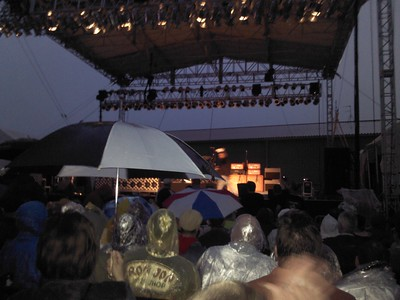 A rainy night for Cheap Trick at Riverside ( 2012 )