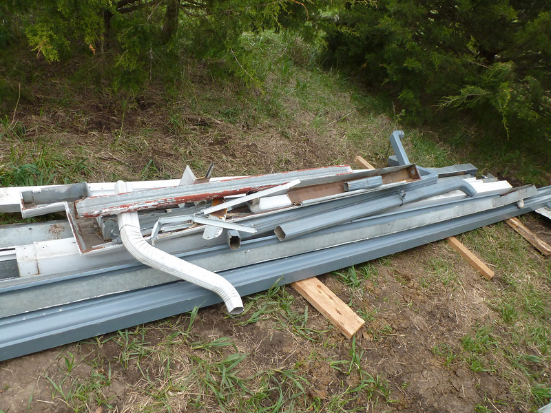 Gutters - I managed to bring home this pile of guttering from in town. I got it for free - there is over 200' in the pile.