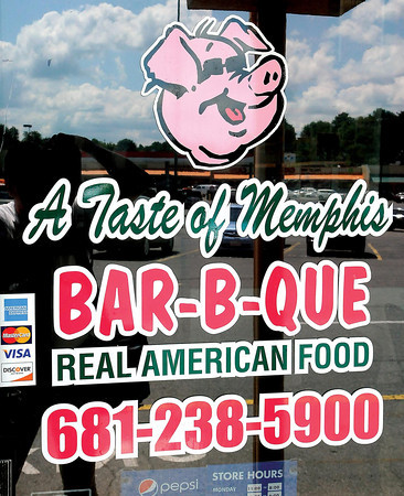 The new Taste of Memphis Barbecue in the Beckley Crossing. F. Brian Ferguson/The Register-Herald