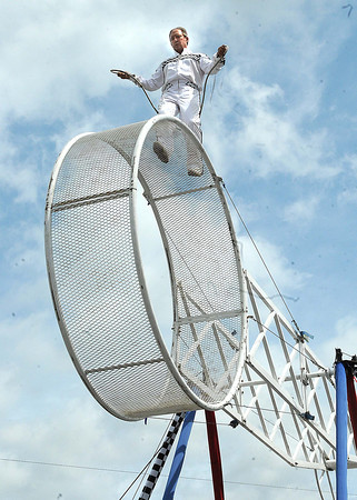 Michelangelo Nock, with The Nerveless Nocks Productions, jump ropes on the space wheel at the West Virginia State in Fairlea.<br /> Rick Barbero/The Register-herald