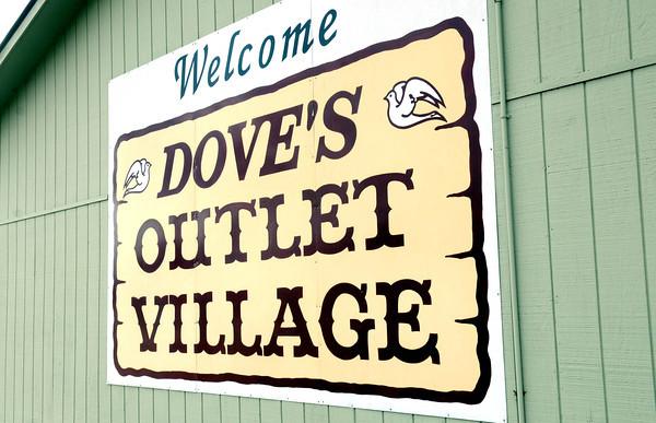 Doves Outlit in Fayetteville.<br /> Rick Barbero/The Register-Herald
