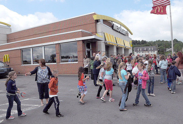 Children from Jumping Branch Elementary, make a stop on Friday to the Mcdonalds on Robert C. Byrd Drive.F. Brian Ferguson/The Register-Herald