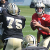 Ryan Griffin, drops back for a pass during the New Orleans Saints practice Tuesday morning at The Greenbrier Resort.<br /> Rick Barbero/The Register-Herald