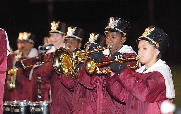 Rick Barbero/The Register-Herald<br /> Woodrow Wilson band performing during game against Oak Hill.