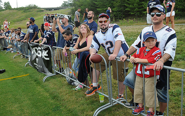 Rick Barbero/The Register-Herald<br /> Spectators during the New Orleans Saints and New England Patriots joint practice held at The Greenbrier Resort in White Sulphur Springs Wednesday morning.