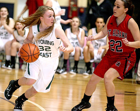 Brad Davis/The Register-Herald<br /> Wyoming East's Gabby Lupardus hustles up the court Wednesday night at the Beckley-Raleigh County Convention Center.