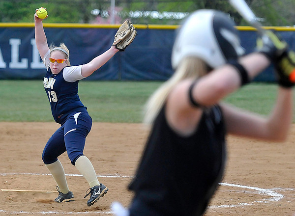 Brad Davis/The Register-Herald<br /> Shady Spring pitcher Maranda Allen delivers against Oak Hill May 6 in Shady Spring.