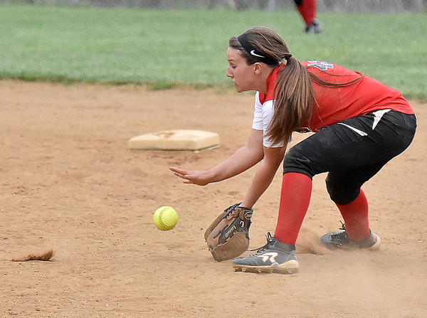 (Brad Davis/The Register-Herald) Liberty second baseman Ashton Mullens fields a sharp ground ball against Independence Thursday evening in Glen Daniel.
