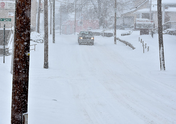 Brad Davis/The Register-Herald<br /> The view of South Kanawha Street shortly after 11:00 a.m. Saturday afternoon in Beckley.