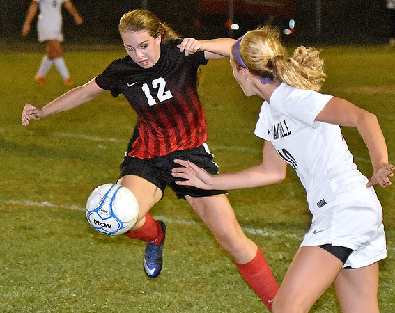 (Brad Davis/The Register-Herald) PikeView's Alexis O'Dell hustles up the field Wednesday night in Oak Hill.