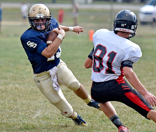 (Brad Davis/The Register-Herald) Shady Spring running back Tyler Bragg carries the ball during the Tigers' homecoming win over PikeView Saturday afternoon.