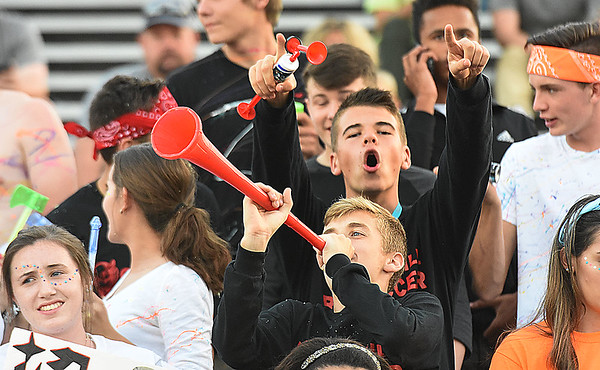 Oak Hill vs Fayetteville Friday night at the John P. Duda stadium in Oak Hill <br /> (Rick Barbero/The Register-Herald)