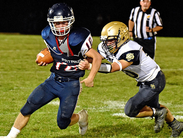 (Brad Davis/The Register-Herald) Independence's Connor Gibson against Shady Spring September 15 in Coal City.