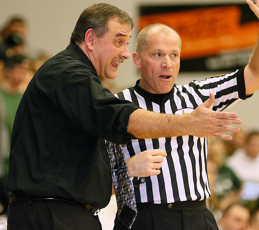 (Brad Davis/The Register-Herald) Westside boys basketball coach Shawn Jenkins against Wyoming East January 6 in Clear Fork.