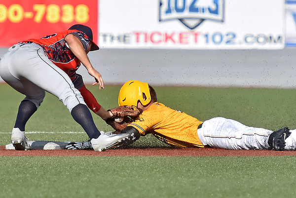(Brad Davis/The Register-Herald) Miners baserunner Colby Johnson is tagged out at second by Chillicothe infielder Drake Peggs after getting caught in a rundown but driving in teammate John Hagan in the process during a loss to the Paints Sunday afternoon at Linda K. Epling Stadium.