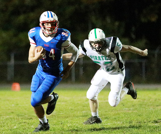 Fayetteville travels to Midland Trail for their high school football game Friday in Hico. (Chris Jackson/The Register-Herald)