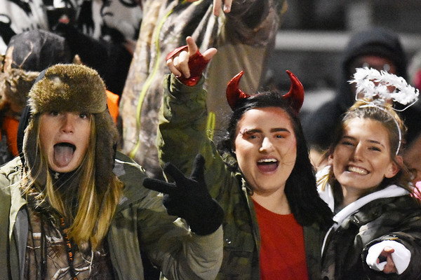 Members of the Shady Spring student section<br /> during their high school football game Friday in Shady Spring. (Chris Jackson/The Register-Herald)