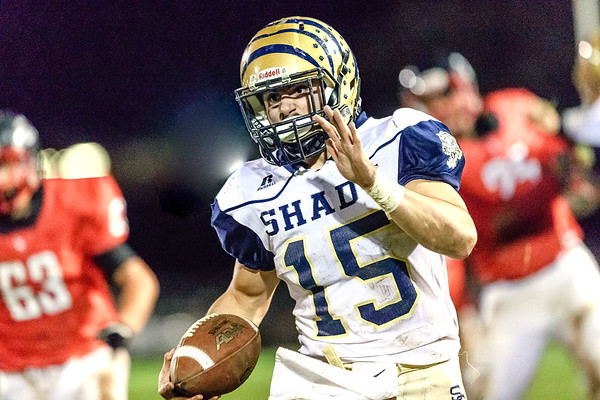 Tyler Bragg of Shady Spring makes his way past the Oak Hill defense on a run that resulted in a touchdown. Chad Foreman for the Register-Herald.