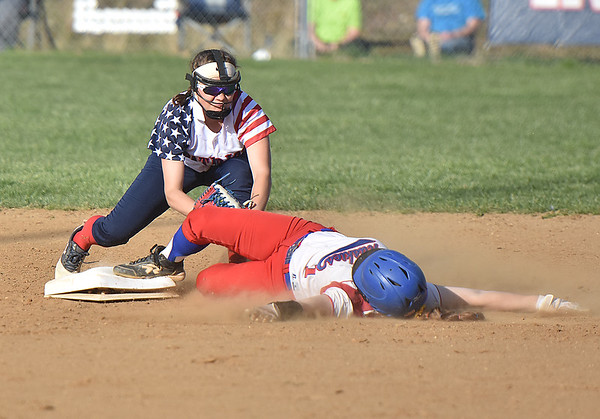 (Brad Davis/The Register-Herald) Independence 2nd baseman Kaylen Parks tags out Herbert Hoover's Jessica Canterbury as she tries to advance Wednesday afternoon in Coal City.