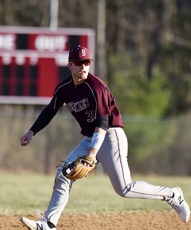 Woodrow Wilson's shortstop Hunter Fansler fields a grounder during their baseball game against Shady Spring in Beckley on Tuesday. Woodrow won 8-7. (Chris Jackson/The Register-Herald)
