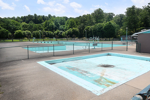 New River Park pool is closed due to not enough lifeguards.<br /> (Rick Barbero/The Register-Herald)