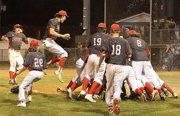 Independence Celebrating the Championship game over Bluefield<br /> Tina Laney/ for The Register-Herald