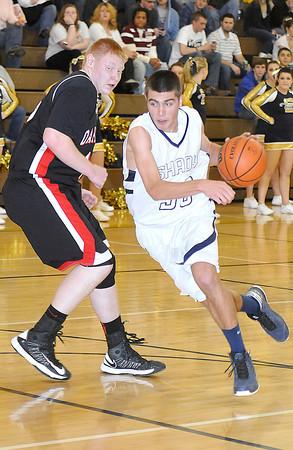 Shady Spring vs Oak Hills Monday at Shady Spring High School. Photo by Chris Tilley