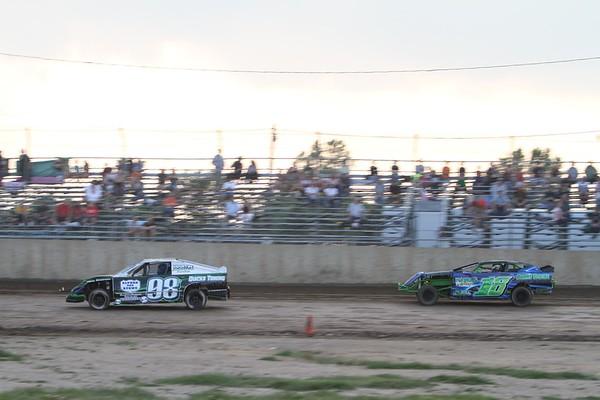 South Buxton Raceway, Merlin, ON, June 12, 2010
