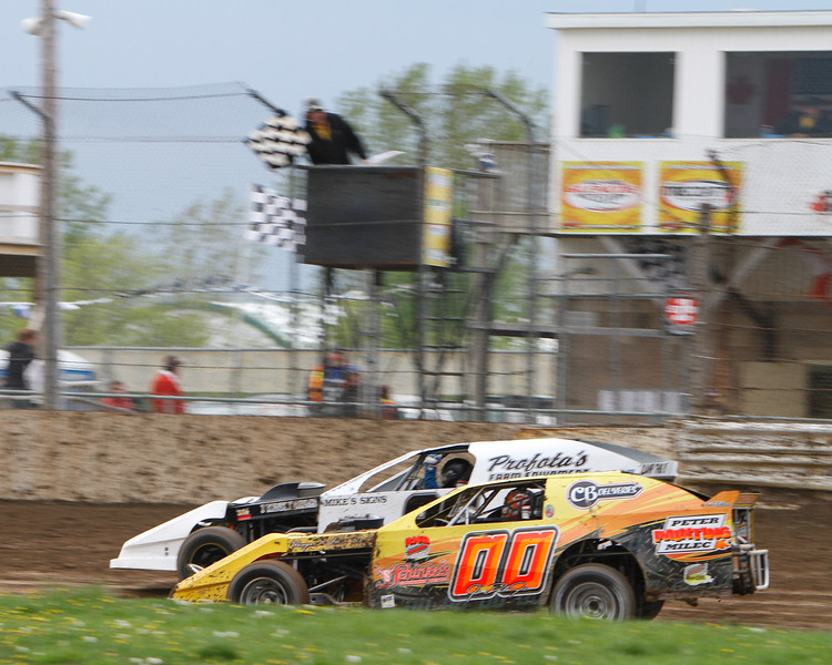 South Buxton Raceway, Merlin, ON, May 11, 2013