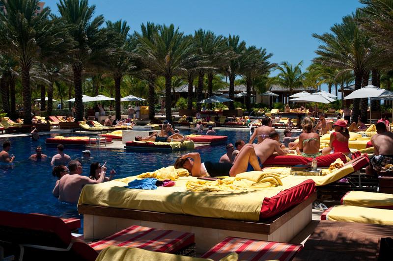 """Pool at """"The Cove"""", Atlanis"""