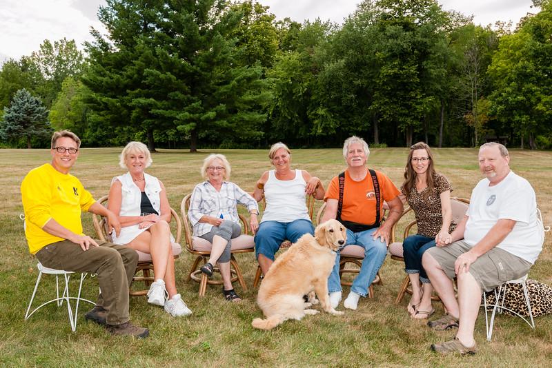 Dave, Pam, Sharon, Toni, Dad, Louise, Jay