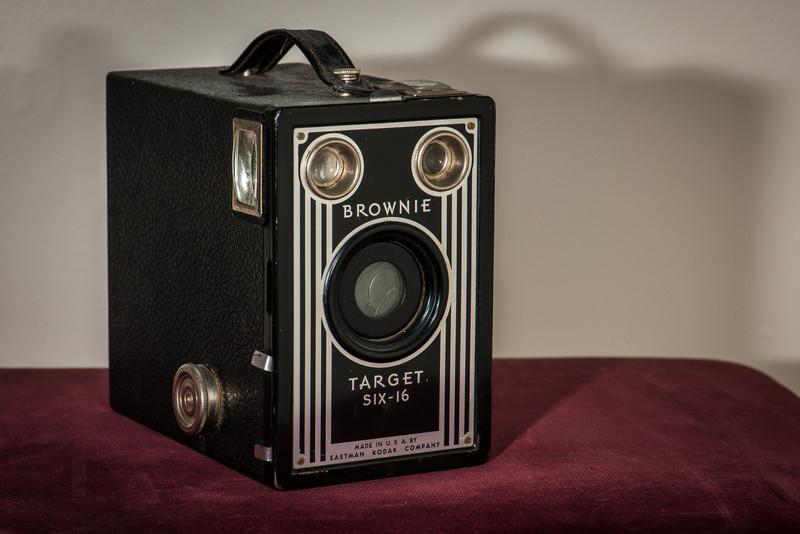 Kodak Brownie Target Six-15