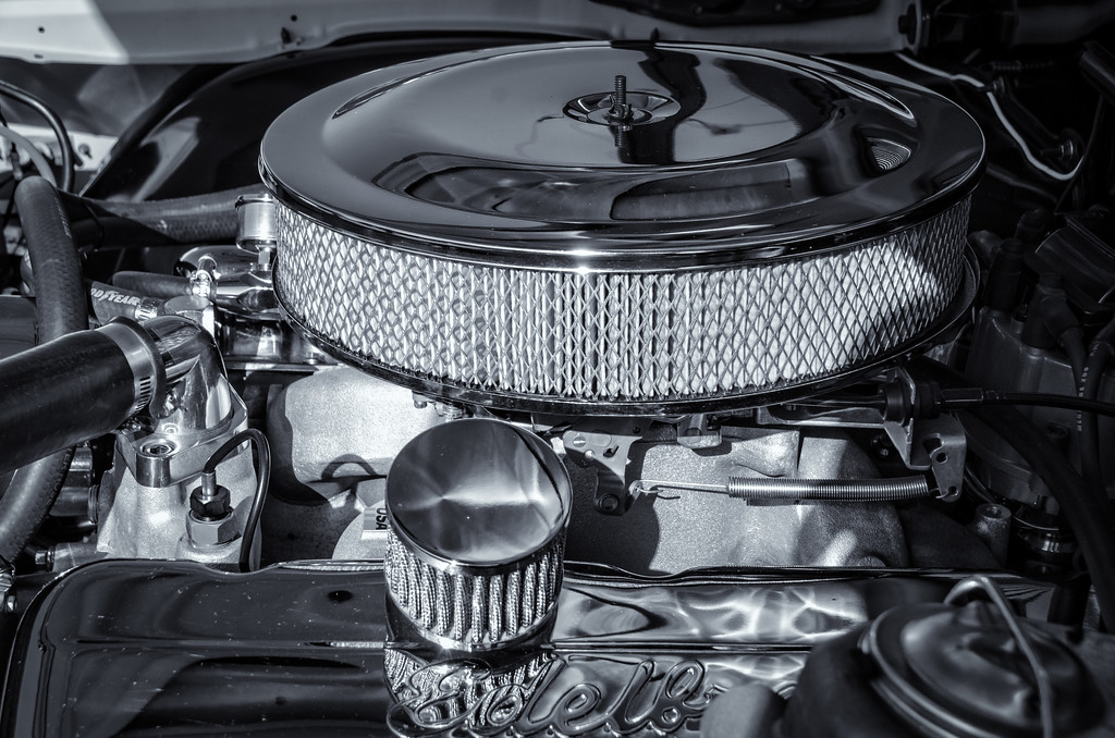 Chrome Engine - B&W