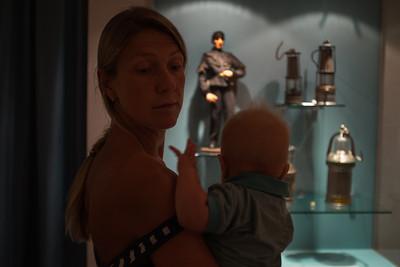 Саша больше заинтересован в экспозиции музея гор