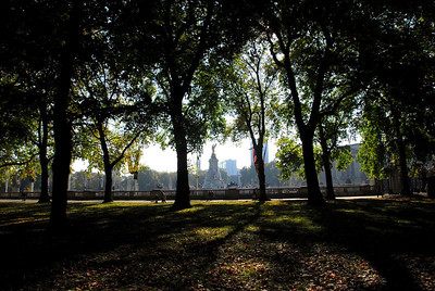 One of my favorites - view of the Buckingham palace square from the park.
