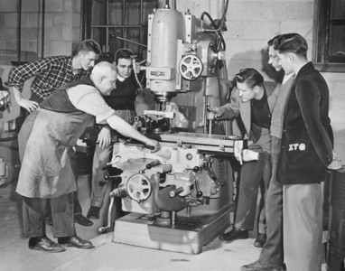 Engineering - Parker machine tool lab, University Archives, call number: 85S:3(20) © UB Archives   Please contact University Archives at lib-archives@buffalo.edu for permission to use this image.