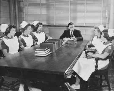 Nursing, University Archives, call number: 85L:1(6) © UB Archives   Please contact University Archives at lib-archives@buffalo.edu for permission to use this image.