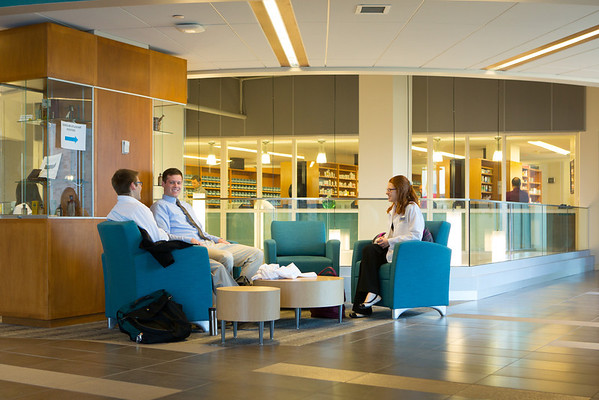 Photos of the School of Pharmacy with Students in the Kapoor Hall atrium.<br /> <br /> Photographer: Douglas Levere