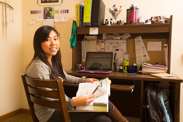 Student in Creekside Village apartments on North Campus<br /> <br /> Photographer: Douglas Levere
