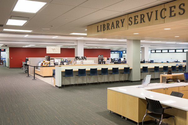 Campus Dining and Shops, Whispers Cafe in Capen Hall Silverman Library<br /> <br /> Photographer: Douglas Levere