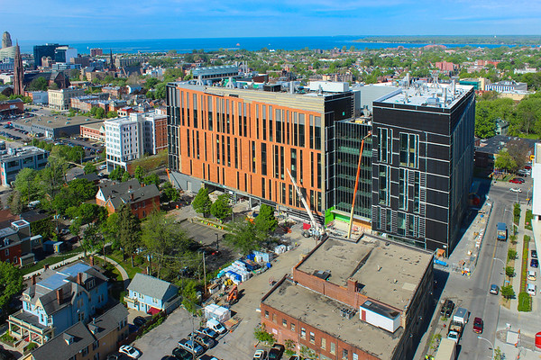 Construction on the new medical school building in downtown Buffalo<br /> <br /> Photographer: Douglas Levere