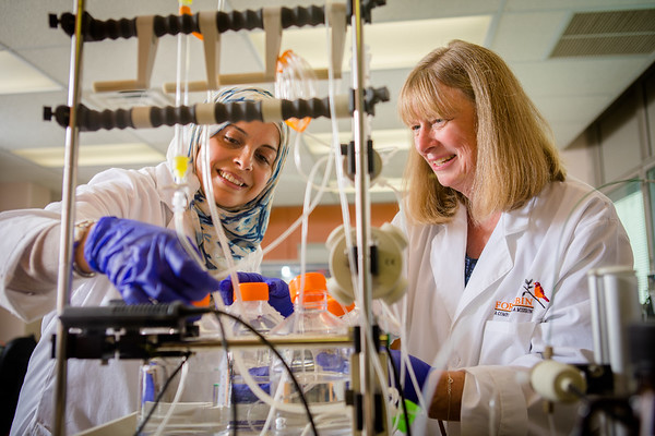 Cancer research company, For Robin, with founder Rittenhouse-Olsen in her Sherman Hall lab.<br /> <br /> Photographer: Douglas Levere